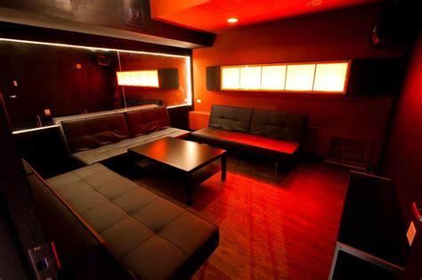 swing inn pizza sakura karaoke lounge chicago chinatown designed by
