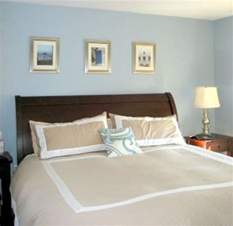 paint color for bedroom benjamin santorini blue white and bedding floral pillow to