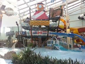 camelback lodge and aquatopia indoor waterpark a poconos