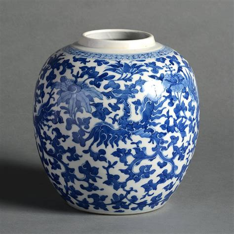 Qing Dynasty Vase by 19th Century Qing Dynasty Blue And White Vase At 1stdibs