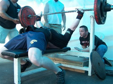 shoulder warm up for bench press bench prep todd bumgardner strength conditioning coach