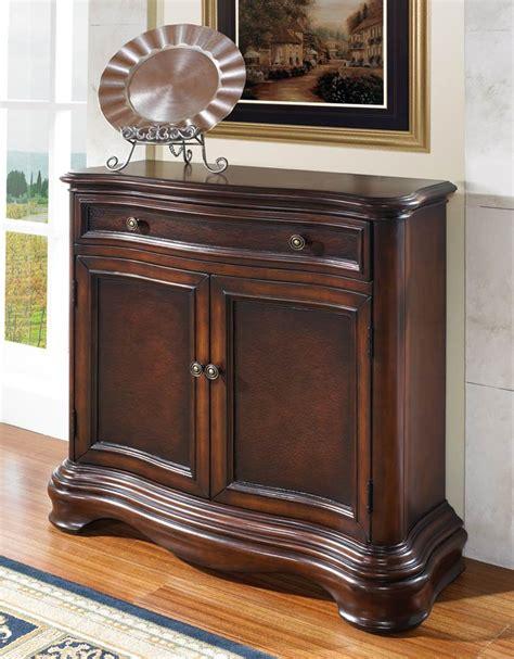 Foyer Chest Furniture 359 Pulaski 704210 Mascot Chest 800 996 8221