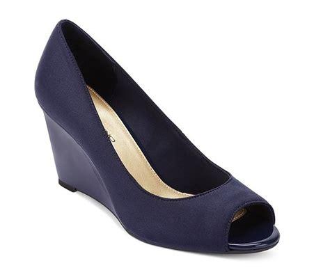 navy blue wedge sandals 28 images bcbgeneration glenda