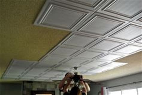 Update Popcorn Ceiling by Easy Way To Update The 80 S Kitchen Paint The Wood Trim To Match The Cabinet Fronts