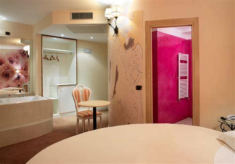 hotel a tema pavia suites a tema spa vicino pavia wi fi gratuito garage