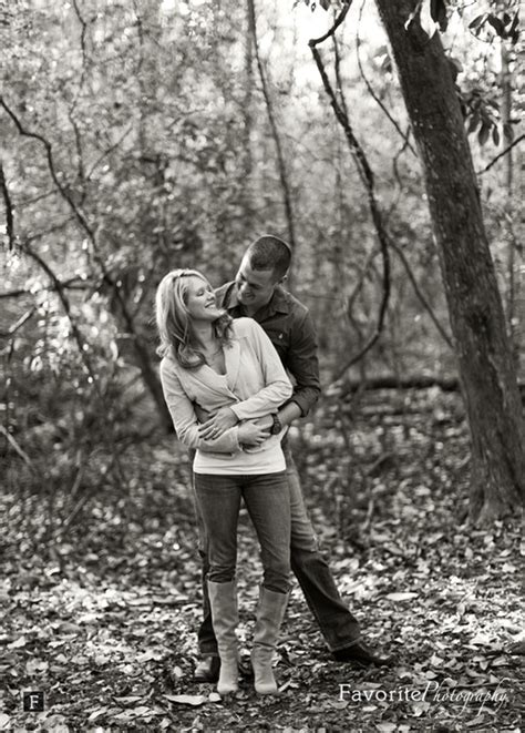 photo themes for couples outdoor couple photo ideas engagement pictures cute