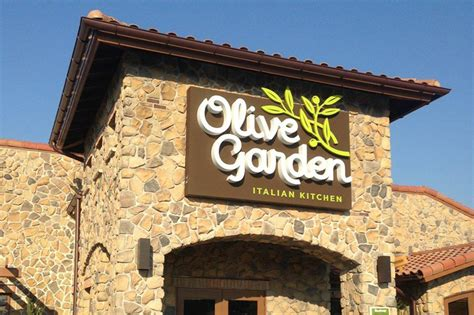 Olive Garden South County olive garden opens in yonkers cross county shopping center westchester s