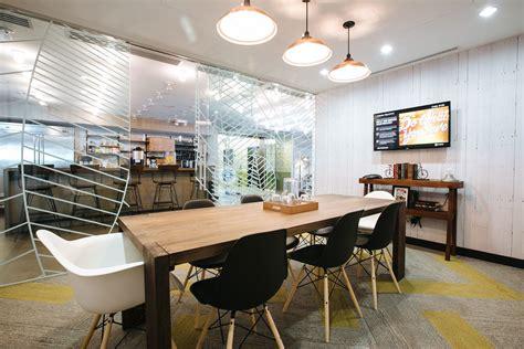 Chicago Kitchen Designers by Wework Boston S South Station Officelovin