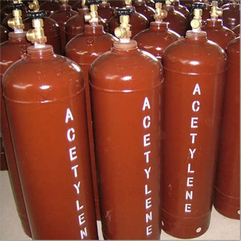 dissolved acetylene gas cylinder dissolved acetylene gas cylinder manufacturers in lulusoso dissolved acetylene gas capacity 47 kilogram rs 350 kilogram id 17547678662