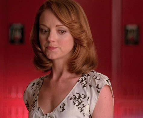 emma stone glee emma pillsbury from fox s quot glee quot played by jayma mays