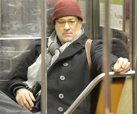 famous people that live in new york 21 super famous celebrities riding the subway like normals