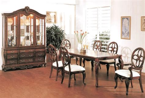 Set Casandra cherry dining room set with cabriole legs