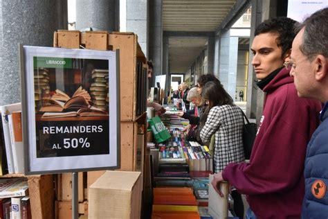 libreria torino centro portici di carta un mare di libri invade il centro di