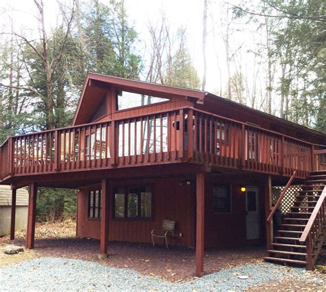 Pocono Rentals With Tubs pocono vacation rental tub pool homeaway blakeslee