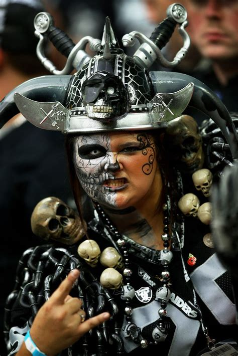 oakland raiders fan experience 67 best images about oakland raiders die hard fans on