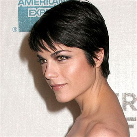 medium hairstyles for pregnant women short haircuts for pregnant women