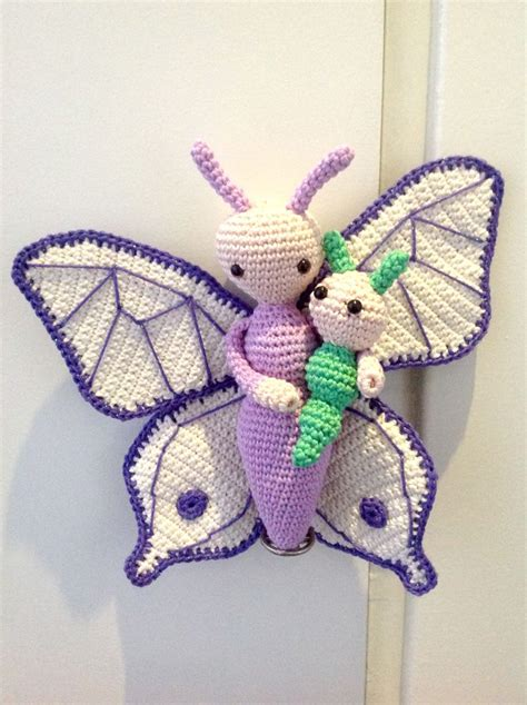 pin crochet butterfly pattern on pinterest vlinder bree en rups calin gehaakt door natalie van d
