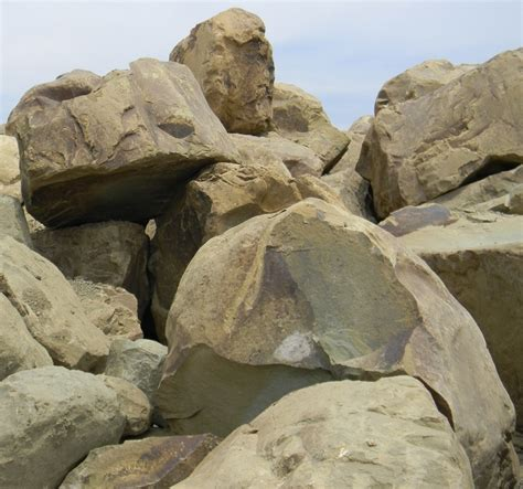 bulk landscape rock wholesale landscape materials low prices fast delivery