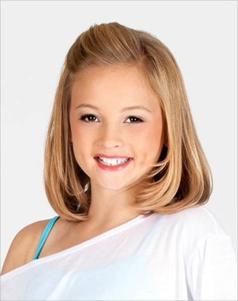 shoulder length hairstyles for tweens little girl half up hairstyle this is super cute and