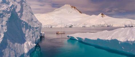 walvis op zeilboot youtube mustsee prachtige drone beelden van antarctica digifoto pro