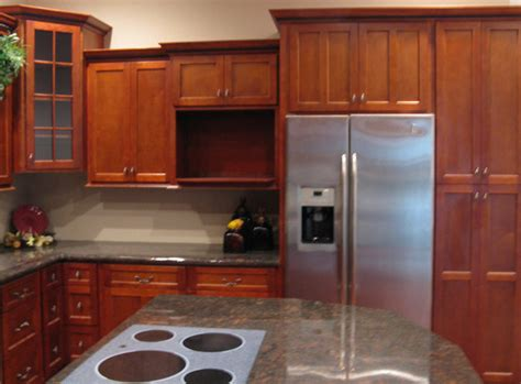 Kitchen Design With Shaker Cabinets Cherry Shaker Kitchen Cabinets Home Design Traditional