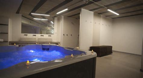 habitacion suite con jacuzzi hoteles con jacuzzi en la habitaci 243 n en cuenca reserva tu