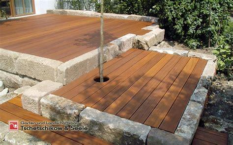 Gartengestaltung Mit Holzterrasse by Holzbau Und Zaunbau Tschetschiko Seele Gmbh Garten