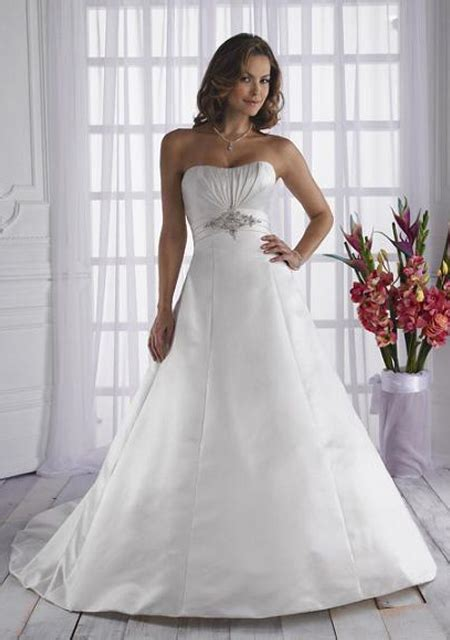 Cheap Beautiful Wedding Dresses by Look Attractive By Choosing Cheap Bridesmaid Dresses Ohh