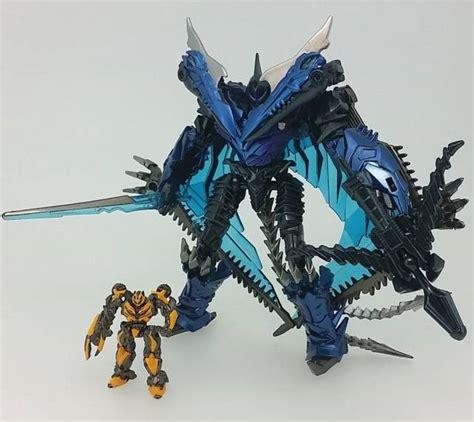 Transformers Dinobots Taikongzhans Strafe transformers reissues mb 10 dinobot strafe bumblebee
