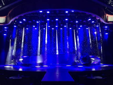 dts illuminazione dts lighting porta lo stratosphere theater al massimo