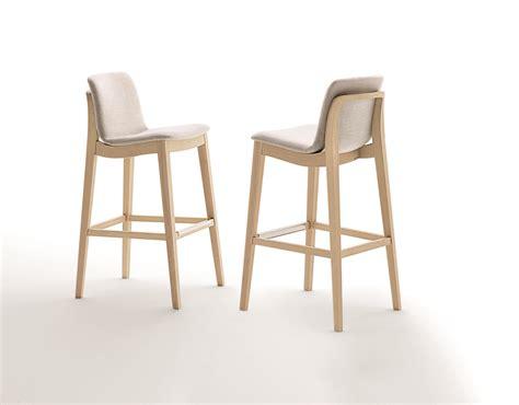 sandler seating sandler seating showcases cutting edge seating collections