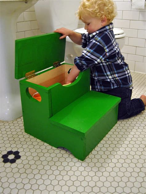 Diy Toddler Step Stool by Woodworking Project How To Build A Storage Step Stool For