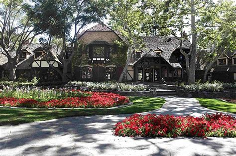 michael jackson house neverland classic rock free 98 1 neverland ranch is for sale here is what 100 million will