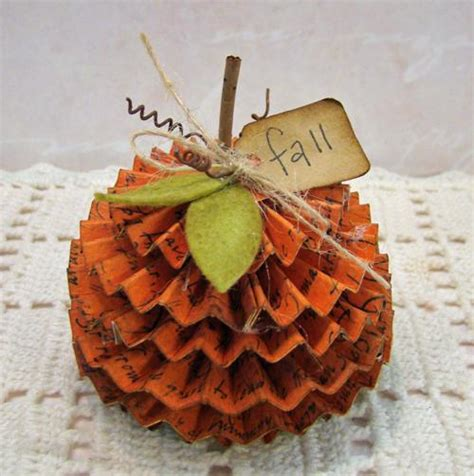 Pumpkin Paper Crafts - diy tutorial diy pumpkins crafts diy fall pumpkin bead