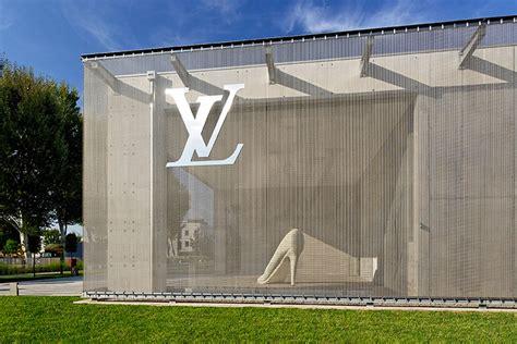 Fabric Architecture louis vuitton shoe factory fiesso d artico italy jean marc sandrolini gkd metal fabric