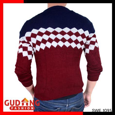 Baju Rajut Keren baju sweater pria keren rajut pe merah maroon kombinasi