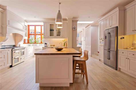 Residence Kitchen by Residence 3 Dainfern Fundamental Designs