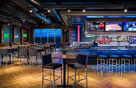 top sports bar topgolf centennial the ultimate in golf games food and fun