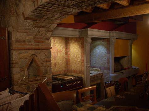camini per cucinare camino e cucina in pietra artigiani marmo italy