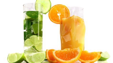 fruit juice images wallpaper craft cocktail de jus de fruits orange et citron vert tasses en verre fonds d 233 cran 1920x1080