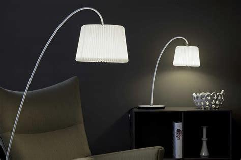 verlichting moderne en klassieke design len moderne design staande l met en klassieke touch