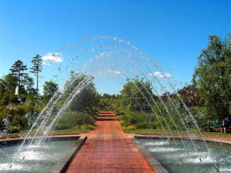 Daniel Stowe Botanical Garden Belmont Nc Pin By Dreaming 58 On Fountains Fountains And Peers Pinte