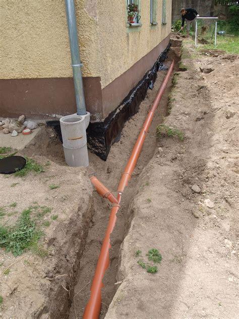 drainage am haus verlegen drainage verlegen haus tk99 hitoiro
