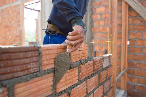 Costruire Un Muro Di Mattoni by Costruire Un Muro In Calcestruzzo