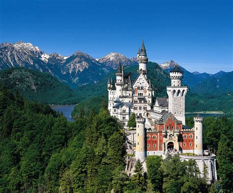 Small Houses That Look Like Castles by Natural Beauty German S New Swan Castle