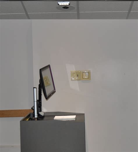 Ceiling Mounted Document by How To Use Document Cameras Ubit At Buffalo