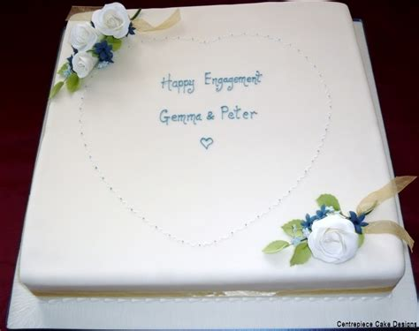 engagement cakes   centrepiece cake designs isle  wight