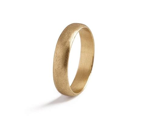 mens wedding bend mens classic gold wedding ring