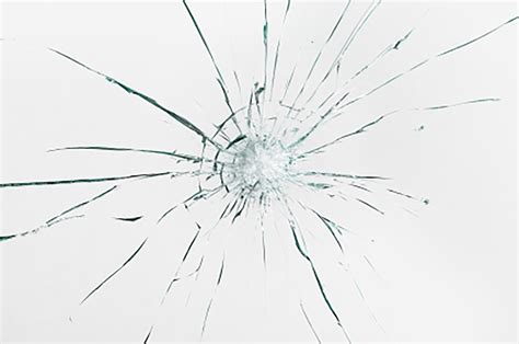 repair glass importance of fixing a cracked windshield before winter