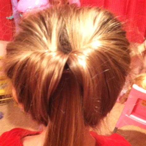 triple flipped ponytail hairstyle babes in hairland flip ponytail acconciature pinterest